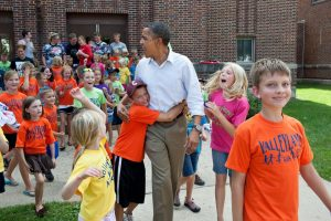 Obama Pied Piper w children